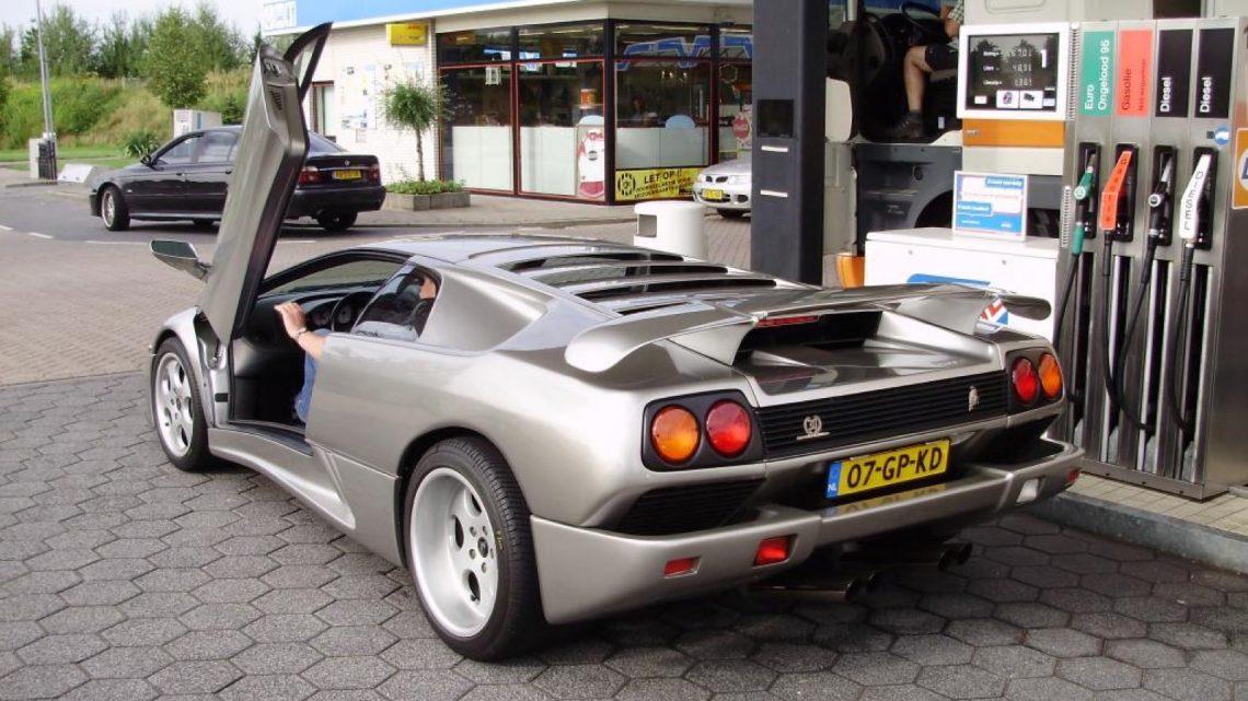 Die Niederländer lassen ihr Auto wegen hoher Spritpreise stehen